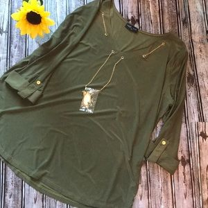 Ashley Blue olive green top with necklace NWT